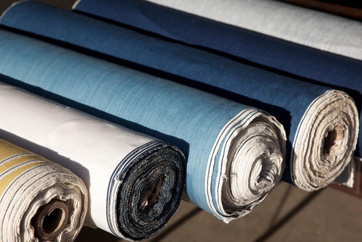 Hình ảnh các cuộn vải denim