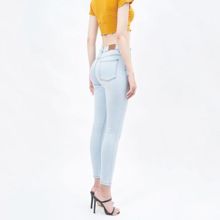 Quần jean nữ lưng cao light blue - UCSD RAYON