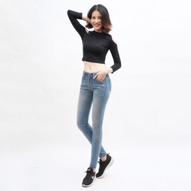 quần jean nữ AAA JEANS skinny lưng vừa xanh nhạt