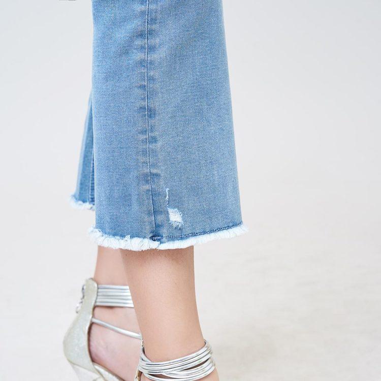 Hình Ảnh Quần jean nữ ống loe Aaa Jeans Savoy blue FLACTRTZC_SVE-4