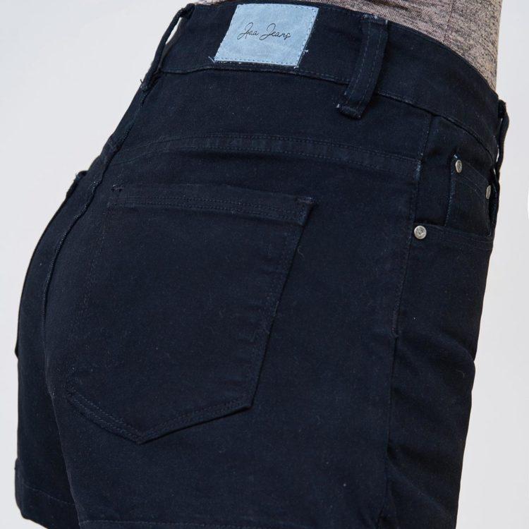 Hình Ảnh Quần Short nữ AAA JEANS lưng cao màu đen UR_SOMCTRNZC_BLI-4
