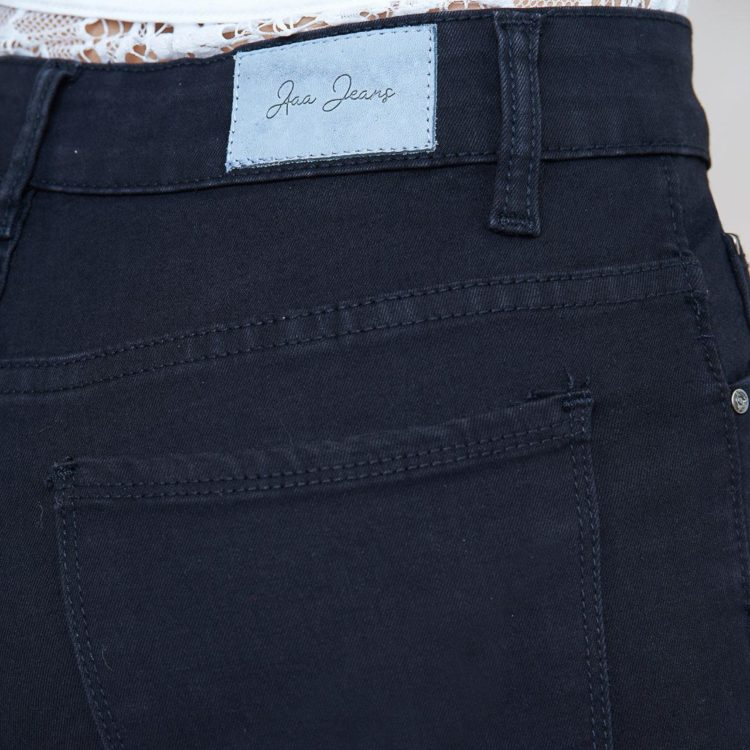 Hình Ảnh Quần jean nữ ống đứng Aaa Jeans lưng cao màu đen STDCTRNZC_BLI-4