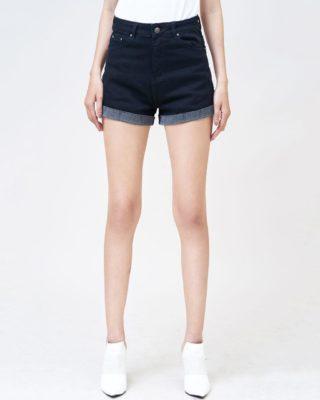 Quần short nữ Aaa Jeans màu đen lật line UR_SOMCTRLZC_BLI-1