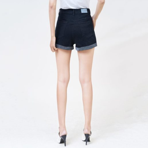 Quần short nữ Aaa Jeans màu đen lật line UR_SOMCTRLZC_BLI-3