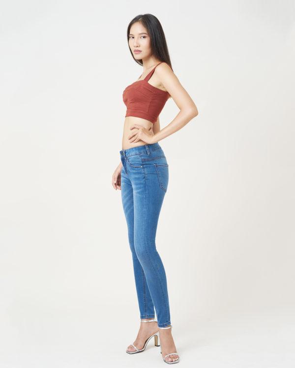 Hình ảnh quần Jeans ôm màu xanh biển Hiệu AAA Jeans